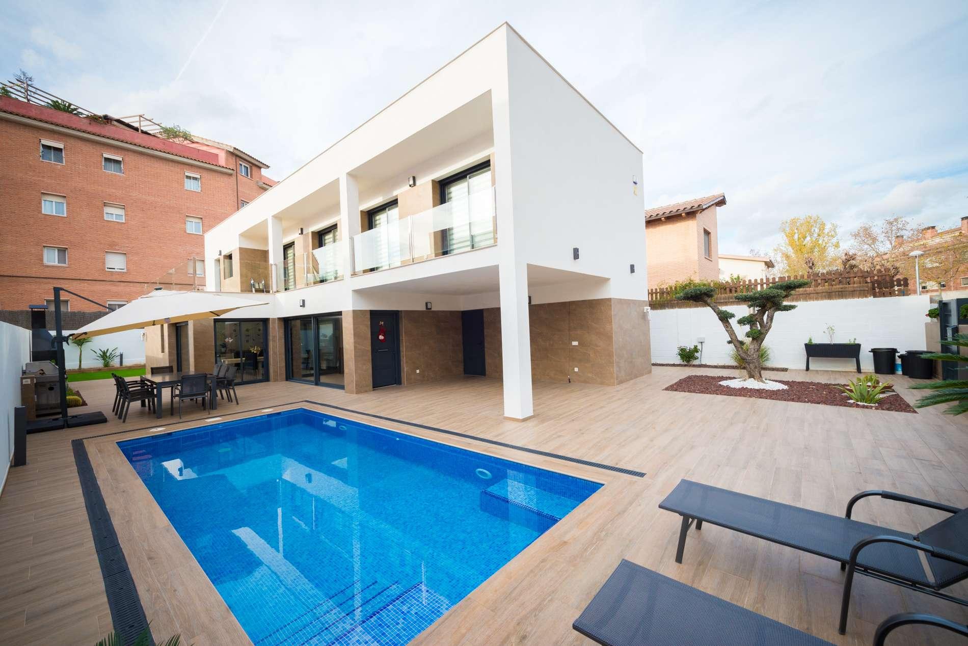Восхитительный дом в  Can Bou, Castelldefels