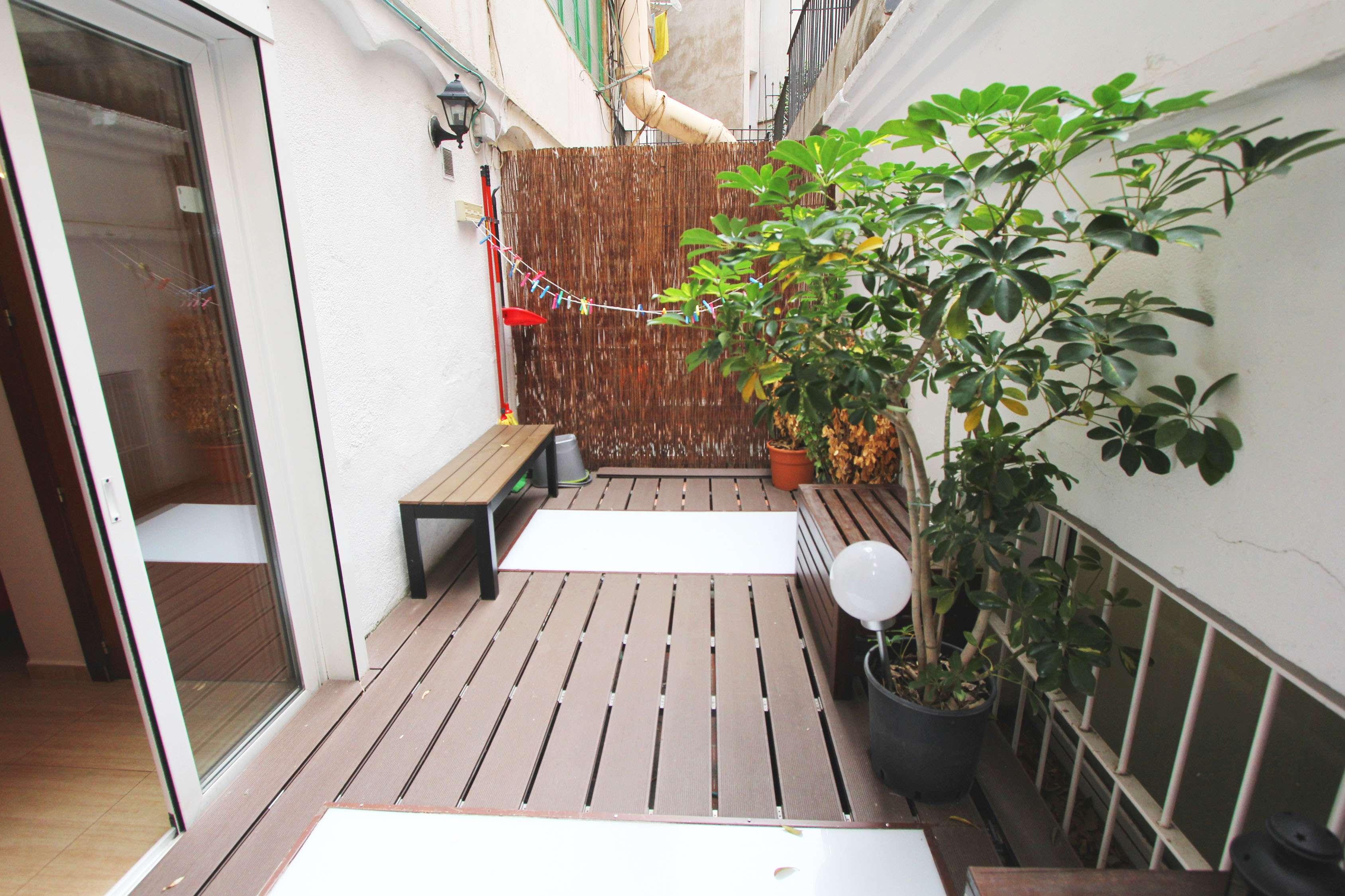 Квартира с туристической лицензией в Эшампле
