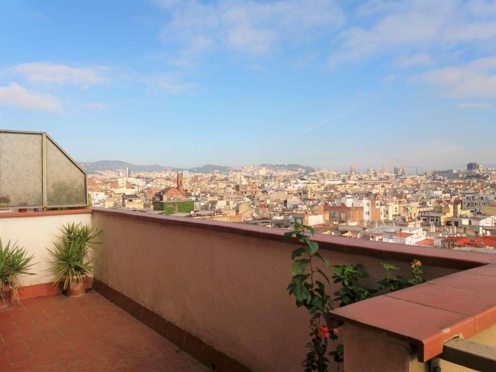 Пентхаус с панорамными видами на Барселону