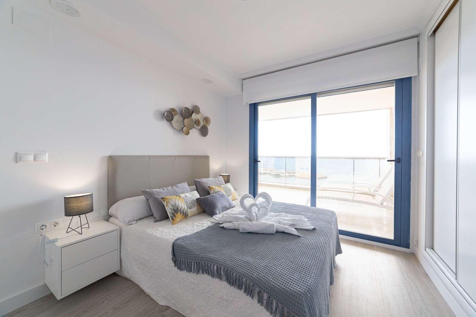 Квартира с видом на море в Altea
