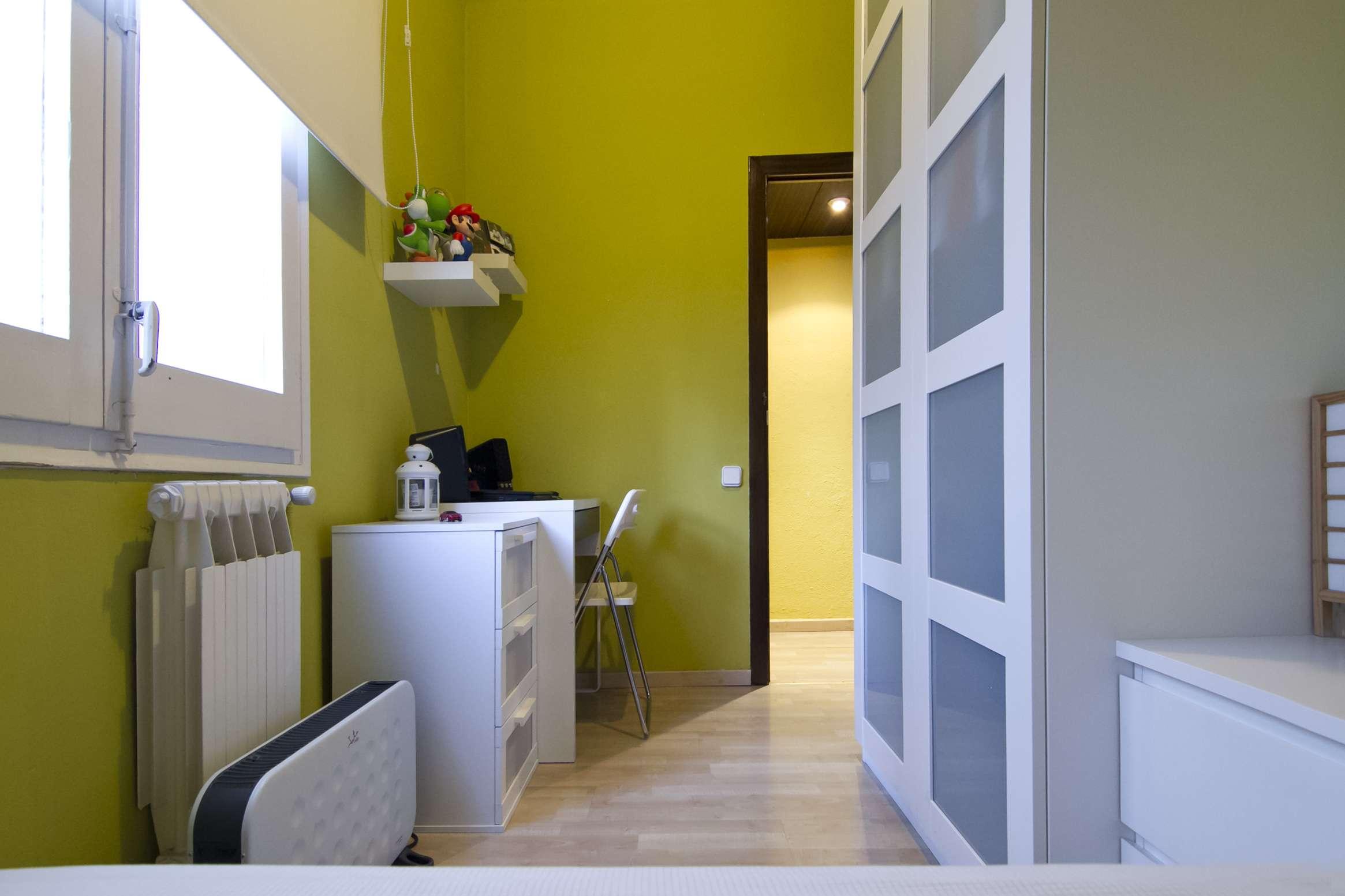 4-ех комнатная квартира рядом с Камп Ноу