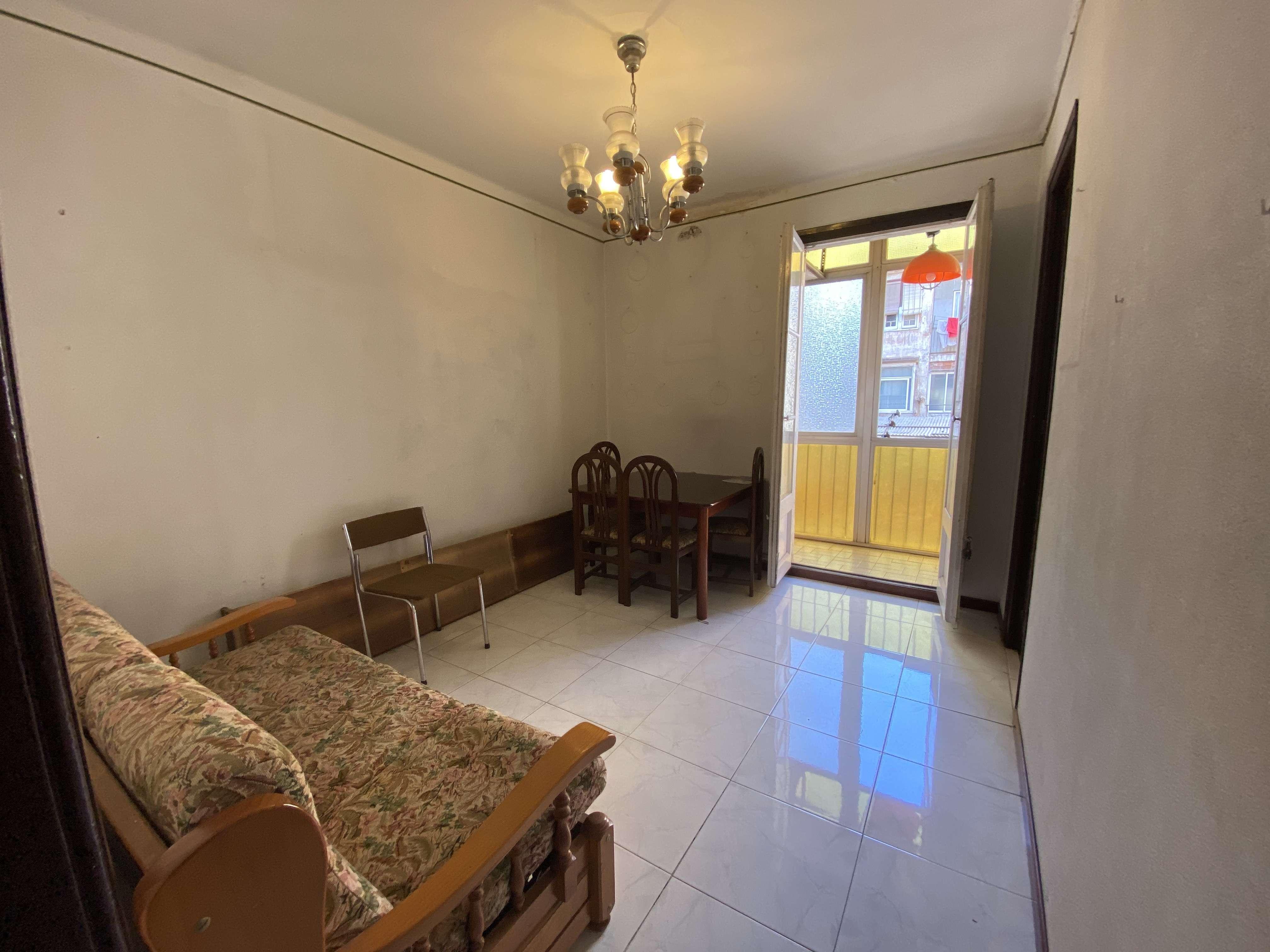 Квартира под ремонт в Gracia
