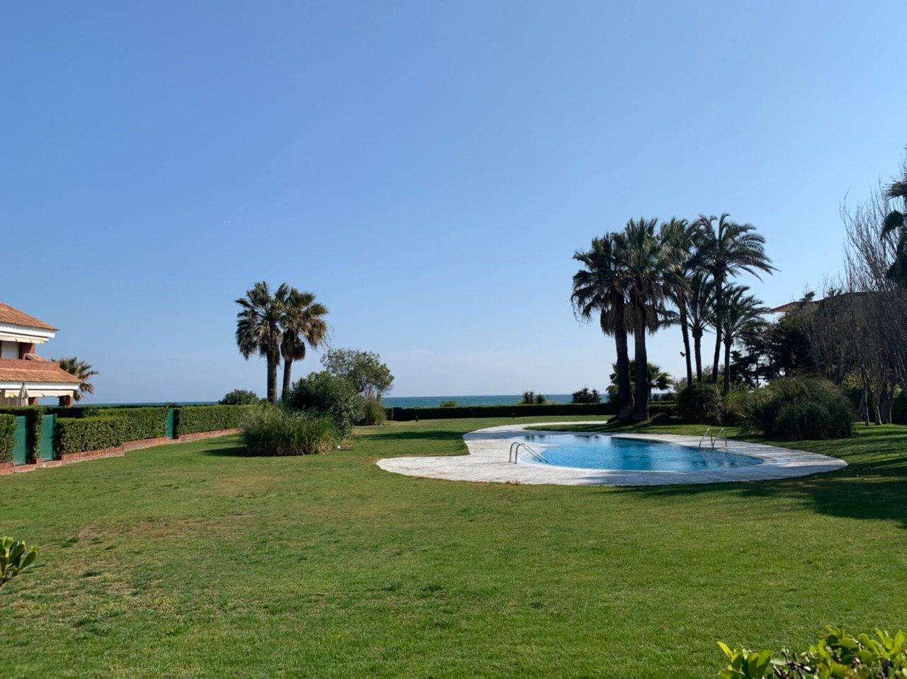 Дом с видом на море, Гава Мар